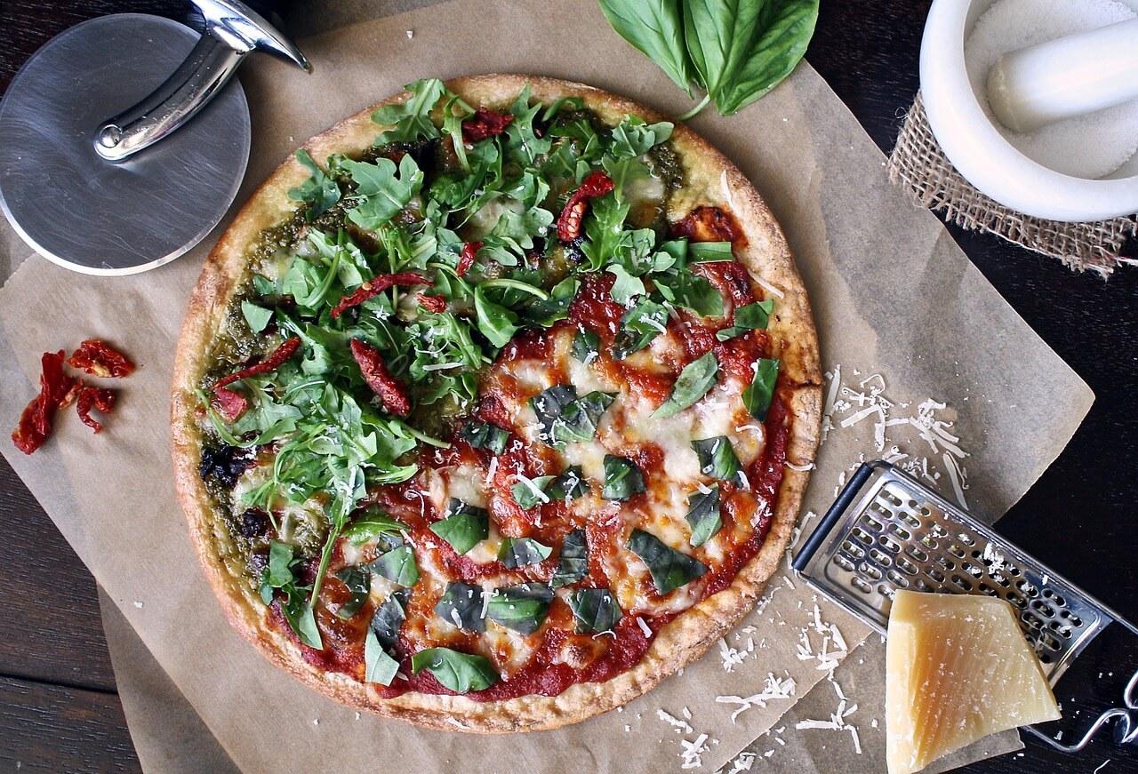 Kilka powodów, dla których kochamy pizzę